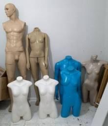 7 Manequins de corpo Inteiro e meio