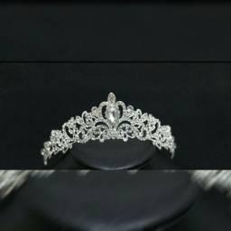 Coroa para Noivas ou debutantes