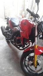 Vendo CB 300 ou Troco por outra Moto uma Fazer - 150