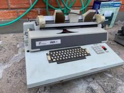 Máquina de faturamento antiga