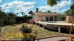 Linda Chácara à Venda ou Locação no Lago Azul, em Ourinhos/SP, c/ 2.000 m2