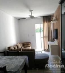 Apartamento à venda, 3 quartos, 1 suíte, 2 vagas, Copacabana - Uberlândia/MG