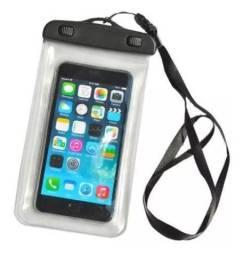 Capinha impermeável para celular