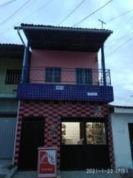 Aluga-se casa no Benedito Bentes II