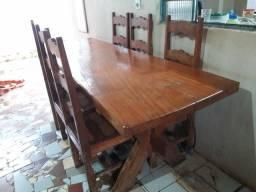 Ótima mesa 1° linha....