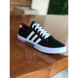 Tênis Adidas promocão