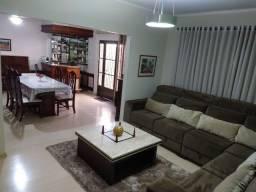 Linda Casa em Região Nobre de Bauru Zona Mista Negócio de Ocasião