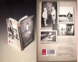 Livro O orfanato da Senhorita Peregrine em ótimo estado