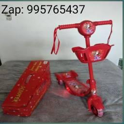 Patinete infantil vermelho