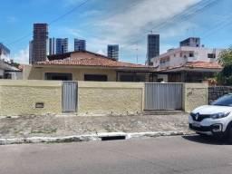 Título do anúncio: Excelente Casa de 6 quartos na Avenida Maria Rosa Manaíra.