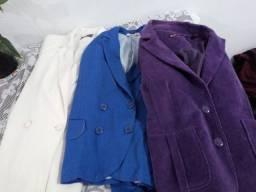 3 casacos seminovos tamanho M