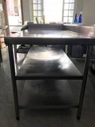 Mesa de inox para cozinha