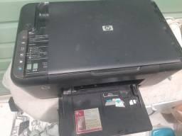 Vendo essa impressora hp sem os cabos .