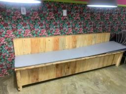 2 Bancos de madeira com 2,90 de comprimento