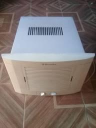 Ar condicionado 600,00