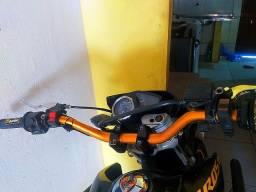 Vendo um guidon dourado de moto esportivo fatbar modelo alto