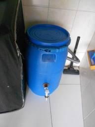 Reservatório de Água de 70 L