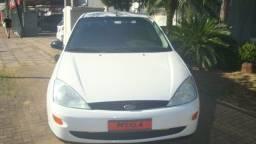 Ford/Focus Sedan 2.0 16v 2003