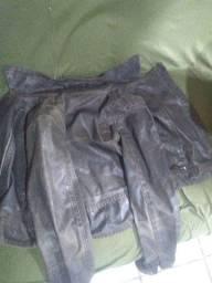 Jaqueta jeans feminina semi-nova.