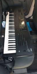 V/T teclado korg i3