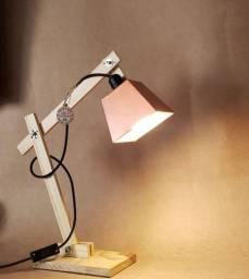 Luminaria de mesa modelo FLORENÇA