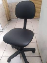 Cadeira para escritório ou procedimento estético