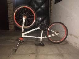 Bicicleta semi nona 450,00