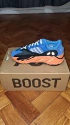 Yeezy Boost 700 Brigth Blue