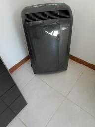 Ar condicionado portátil 12000btu 12000 btu DeLonghi Pinguino 220V