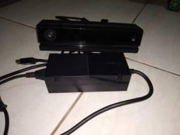 Fonte e Kinect Xbox one