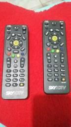 2 Controles Sky HDTV