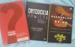Vendo livros evangélicos