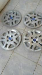 Carlotas aro 14 Ford Fiesta