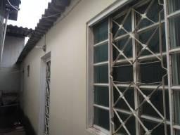 Casa de Fundos, Gama