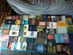 Livros teológicos pela metade do preço