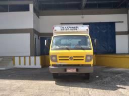 Caminhão bau fretes e mudanças o melhor de Manaus caminhão bau disponível