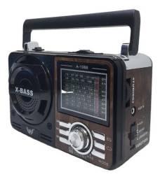 Rádio FM/AM com Pen drive e lanterna(garantia)