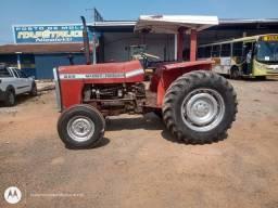 Trator 265 ano 1980 pneus tudo ok pegar é trabalhar
