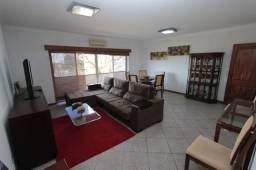 Alugo excelente Apartamento de 4 quartos mobilhado ou nao. SQS 103
