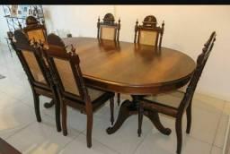 Mesa de Madeira Pura estilo Colonial