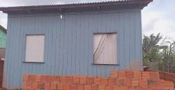 Vendo essa madeira dessa casa