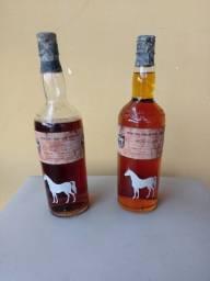 Vendo Whisky e Rum (raros). Meu contato na descrição