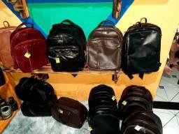 Vendo bolsas, carteiras acessórios couro legítimo