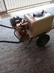 Pulverizador 200 litros Hatsuda