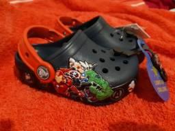 Crocs infantil Light Marvel