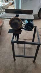 Vendo essa serra circular de serrar madeira