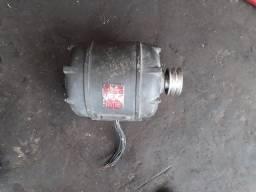 Motor elétrico de indução trifásico 2 cv - 1740 RPM