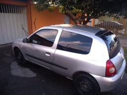Clio R$7,500.mais econômico de Brasília,Faz 18 km .
