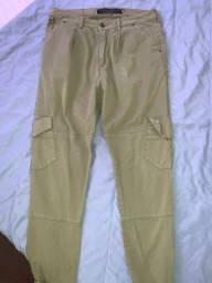 Calça verde musgo