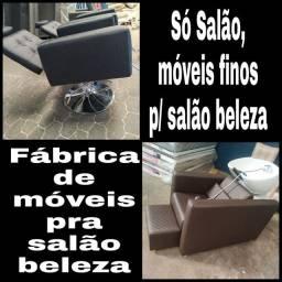 Esmalteria @ barbearia @ manicure @ maquiagem @ maca @ lavatório @ sofá